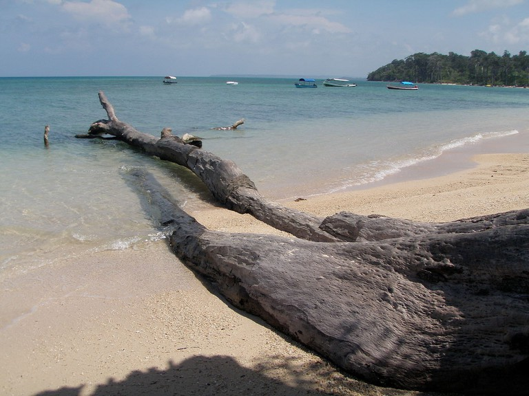 Wandoor Beach is one of the most famous beaches in the Andaman Islands and is also the entry point to Mahatma Gandhi Marine National Park