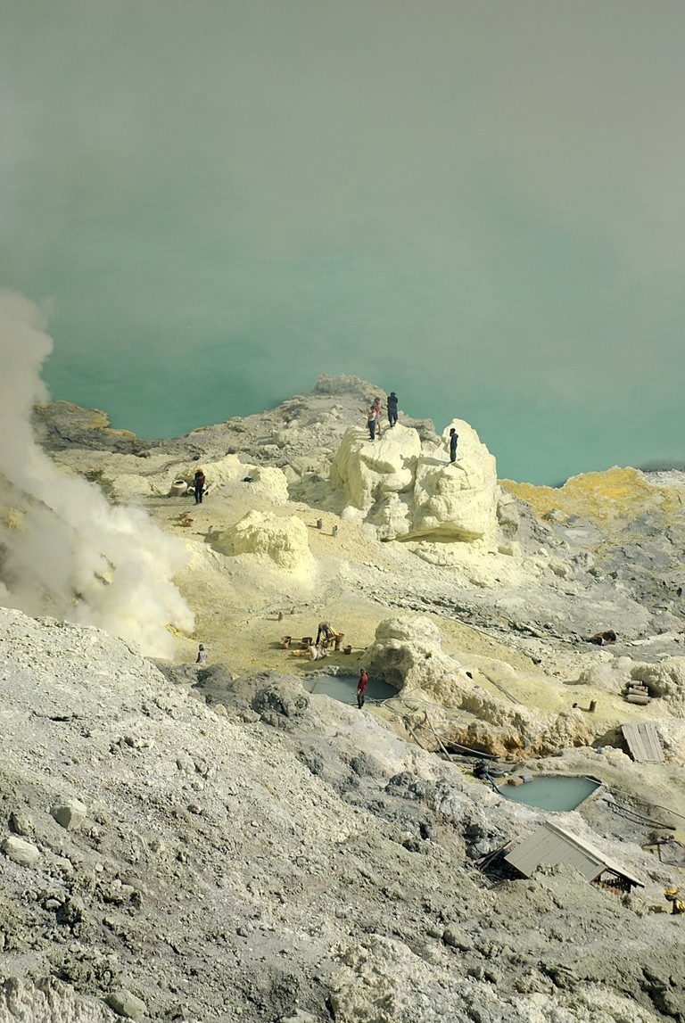 Ijen mountaintop