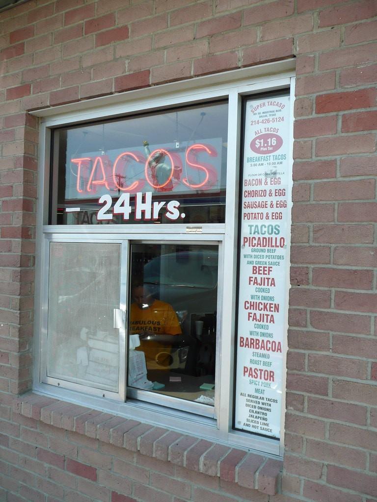 Fuel City Tacos sells Mexican street tacos 24/7