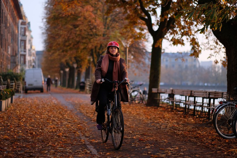 bicycle copenhagen the lakes autumn