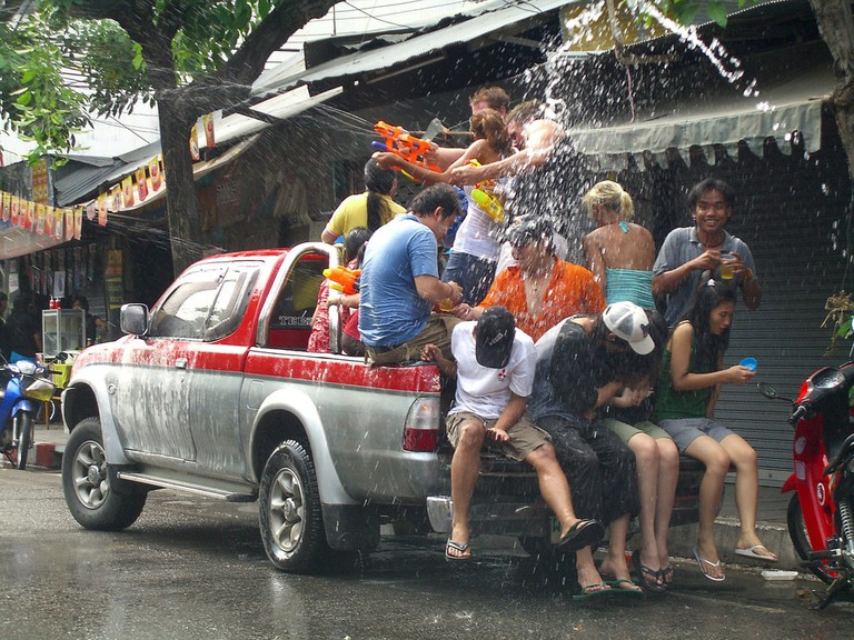 "<a href=""https://www.flickr.com/photos/adrianol/457539216/"" rel=""noopener"" target=""_blank"">Driving around Chiang Mai over Songkran"