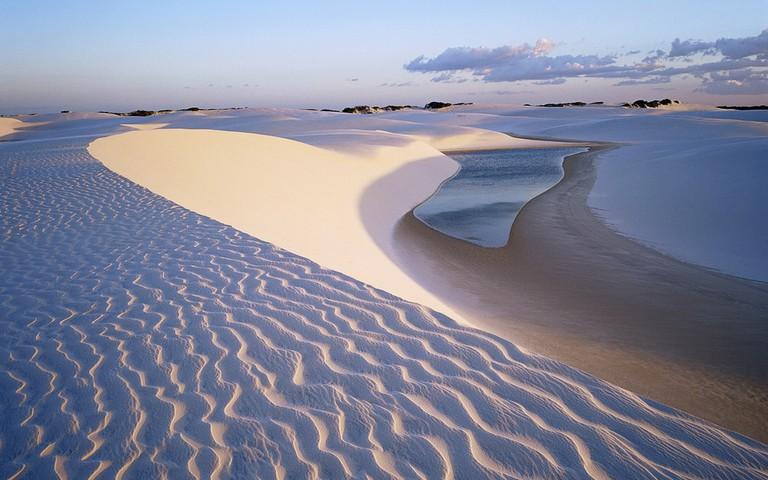 The dazzling colors of Lençóis Maranhenses