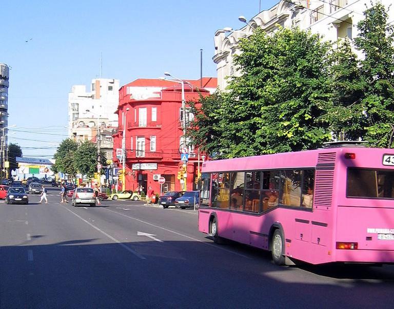 766px-Constanta_pink_bus