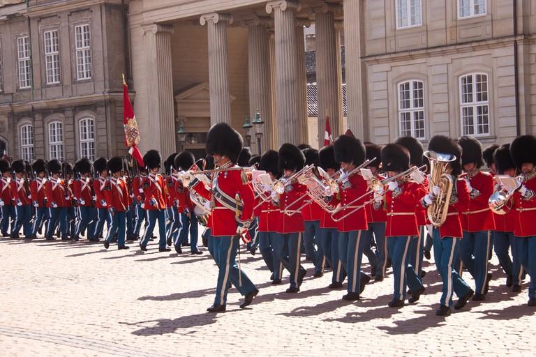 amalienborg royal guard copenhagen
