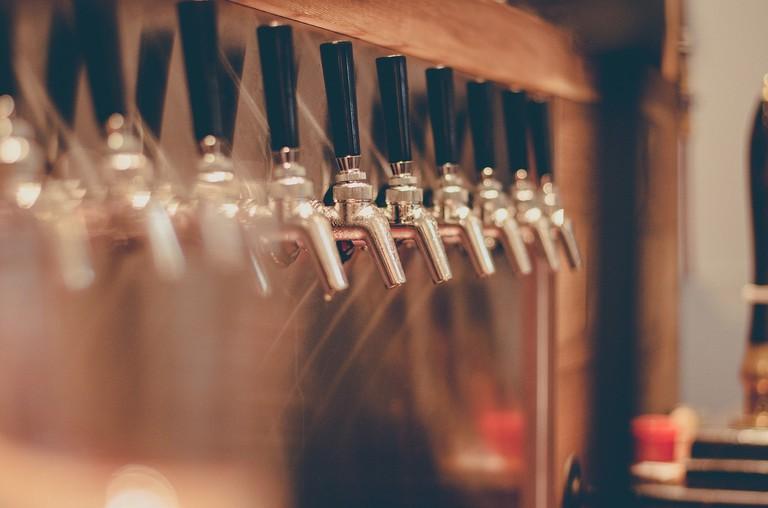 beer-tap-2435408_1280