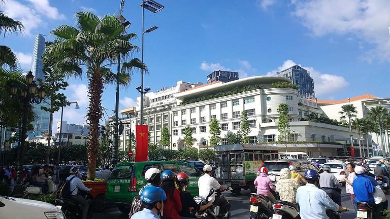 Bến_Nghé,_District_1,_Ho_Chi_Minh,_Vietnam_-_panoramio_(26)