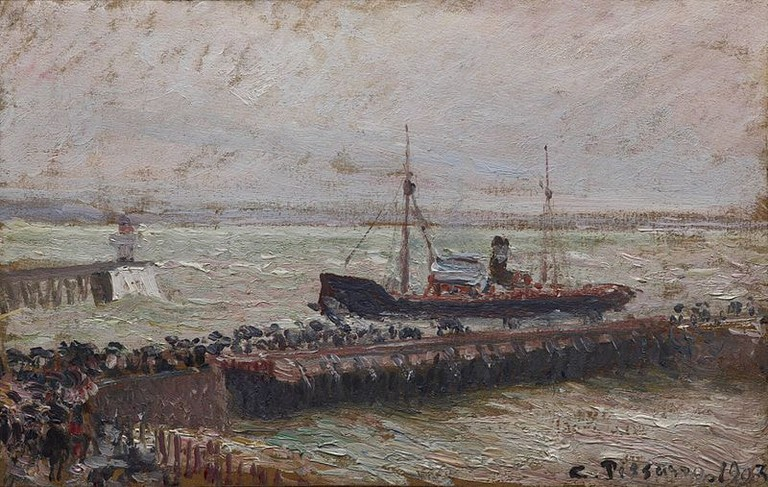Camille Pissarro depicted the port at Le Havre on a seemingly stormy day in his work Bateau entrant dans le port du Havre