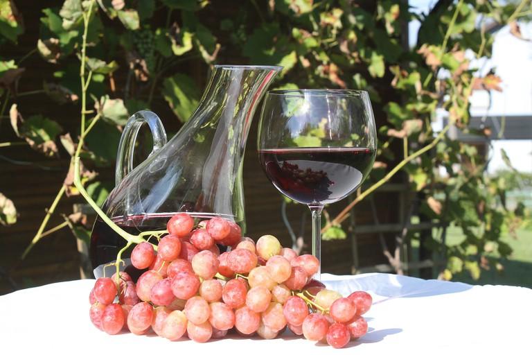 Enjoy red wine with steak