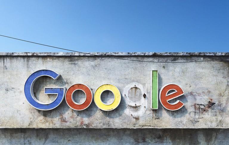 Google sign - Andrei Lăcătuşu's Social Decay series