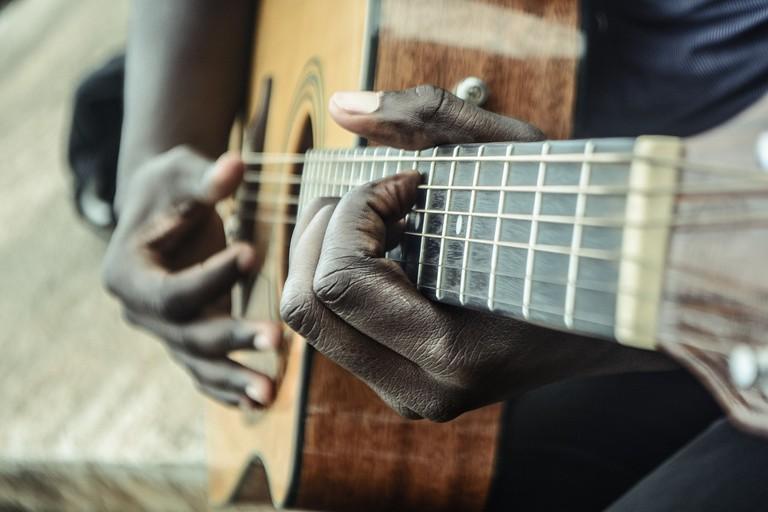 guitar-1016402_1280