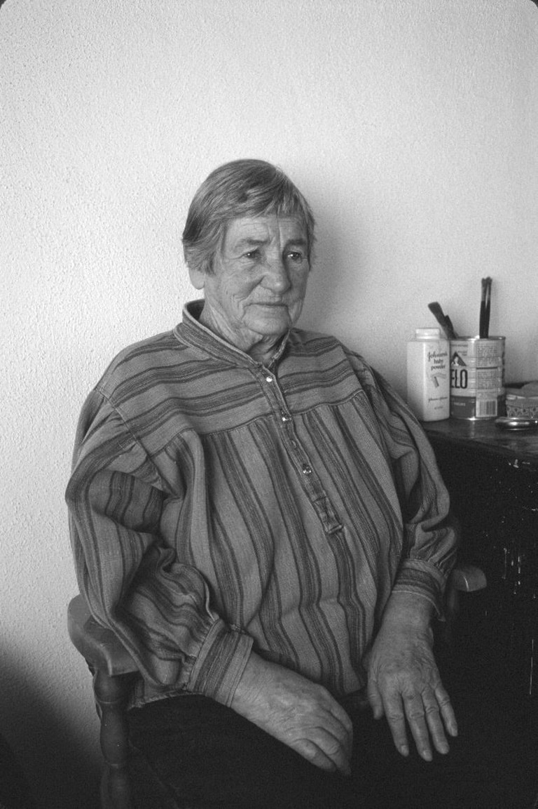 Agnes Martin in Taos, NM Studio, 1993. Photograph by Dan Budnik. Courtesy of the Dan Budnik Archive