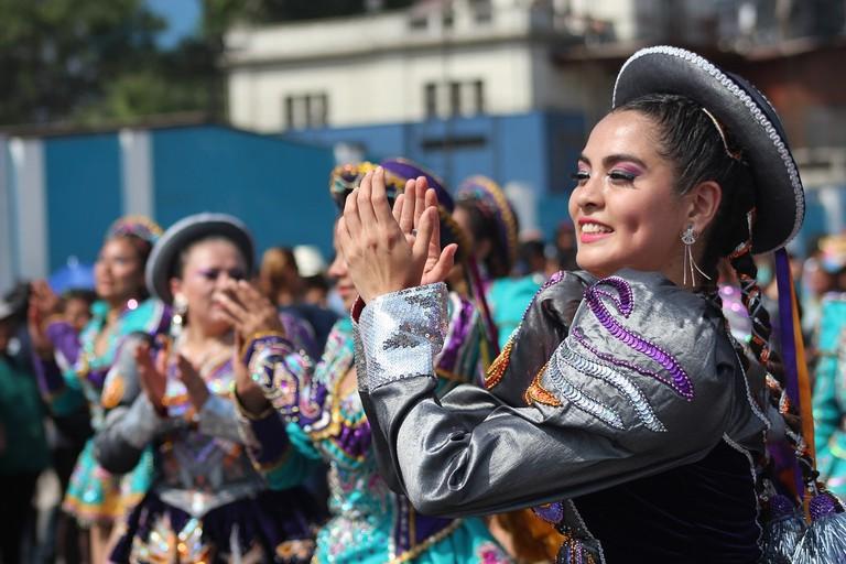 mujer-peruana-1890424_1280 (2)