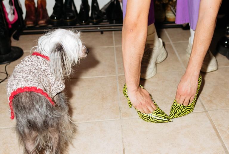 Gomez models a pair of DIY heels