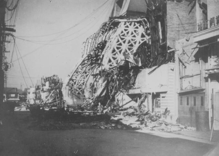Original_Tsutenkaku_after_1943_fire