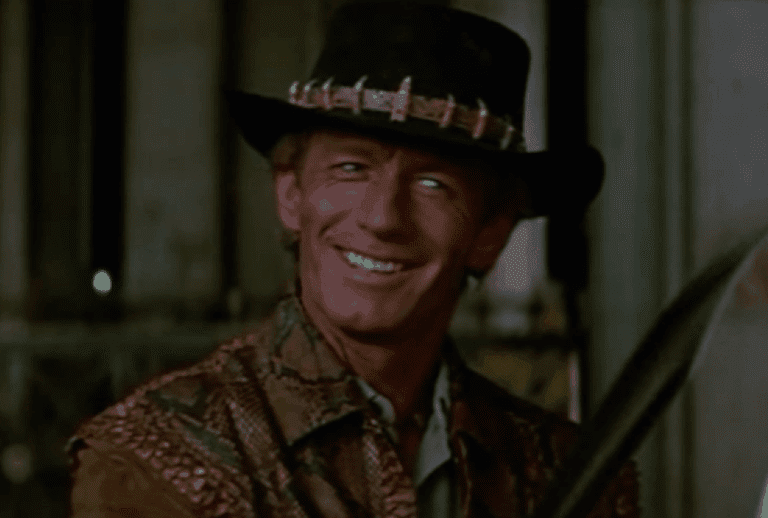 Paul Hogan in Crocodile Dundee © 20th Century Fox