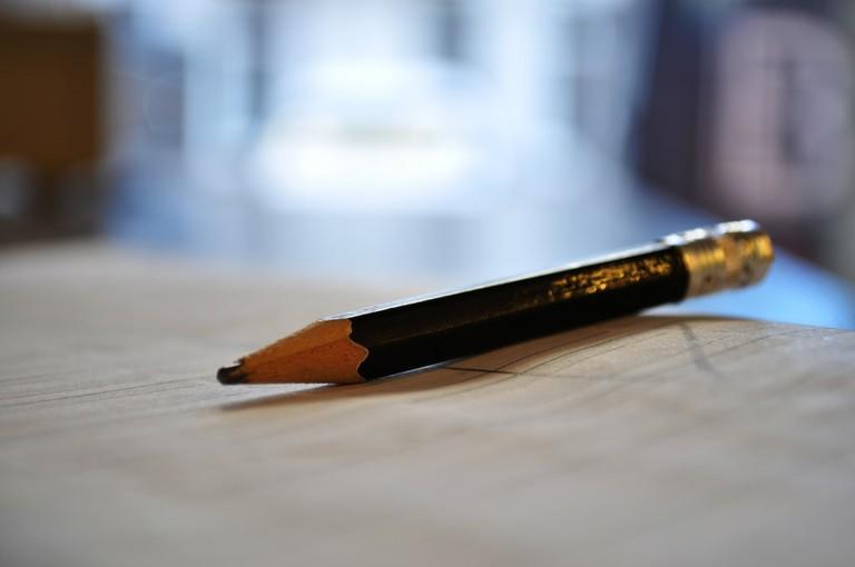 Pencil and paper © Laddir Laddir / Flickr
