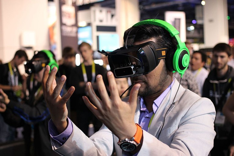 Razer_OSVR_Open-Source_Virtual_Reality_for_Gaming_(16863422875)