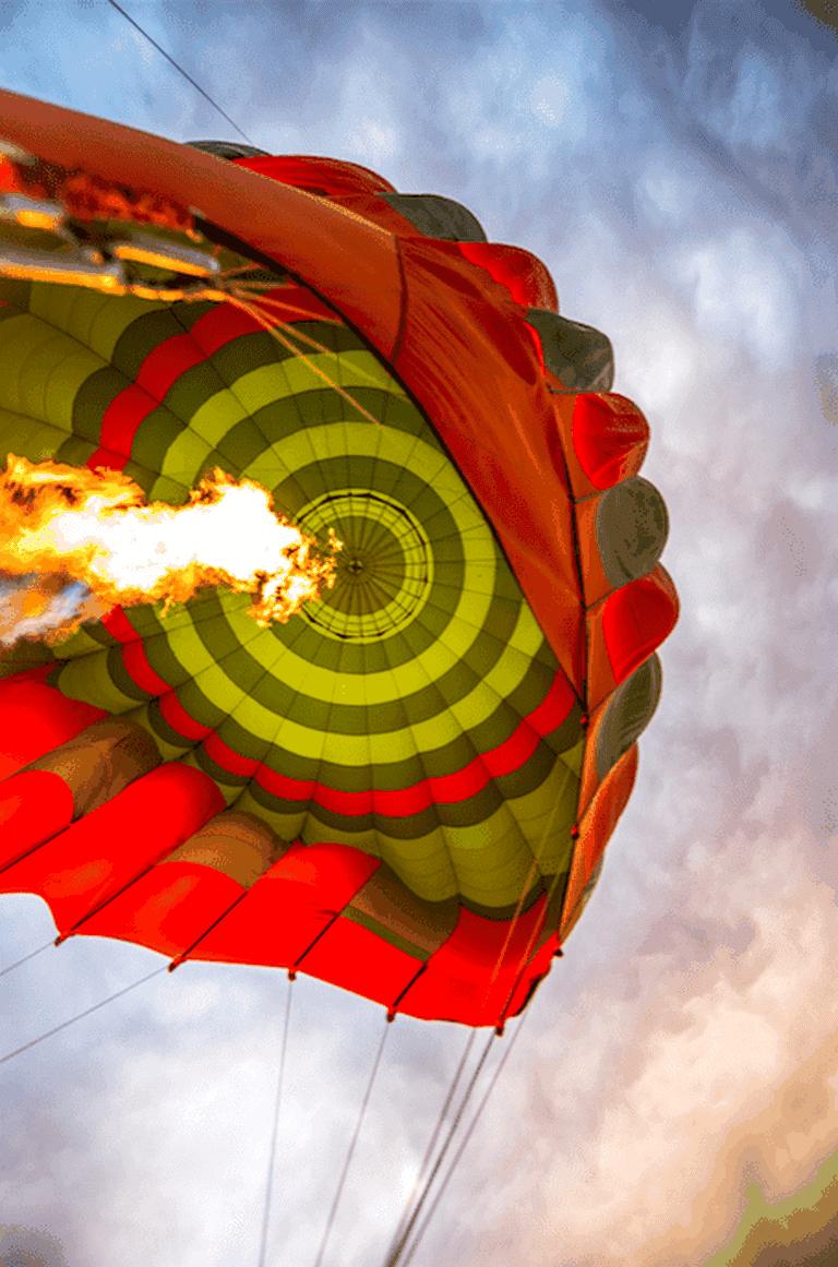 The hot air balloon deflates