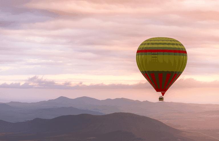 The hot air balloon flight continues