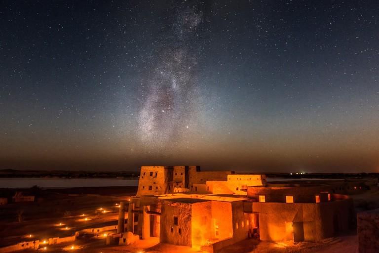 1000px-saleh_almasry-Shutterstock