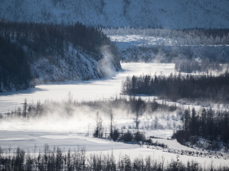 Frazil on the river Indigirka soar in severe frosts, Yakutia, Oymyakon district | © andzher/Shutterstock