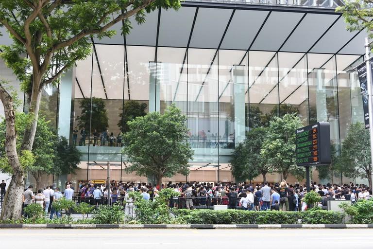 queuing Singapore