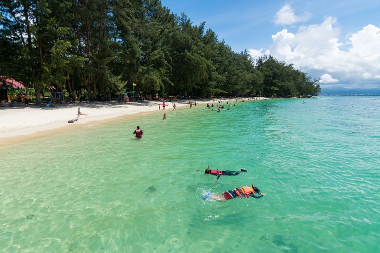 Popular activities among visitors include snorkeling | Abang Faizul/Shutterstock