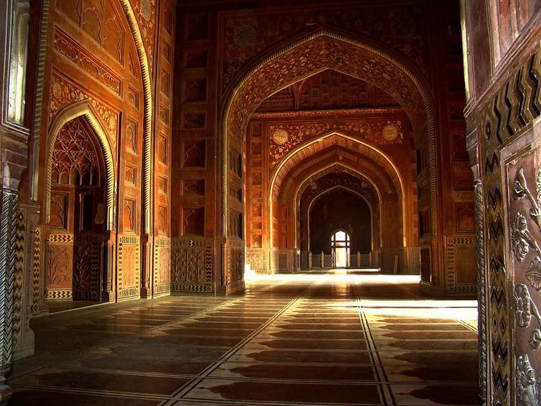 Taj Mahal interior.v1