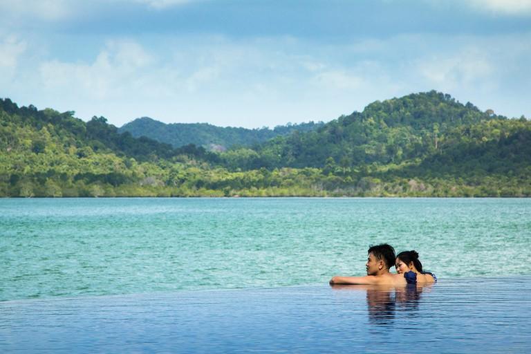 Telunas Private Island pool overlooking the sea