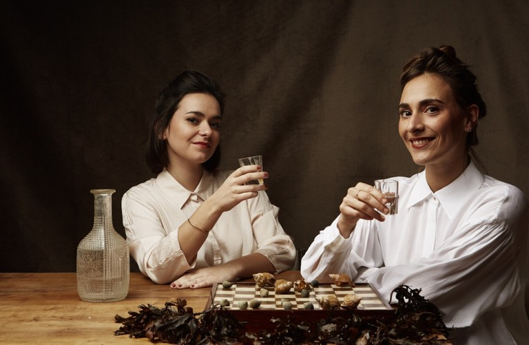 Meet Lucile and Fanny Arnaud, the founders of the Bordeaux Food Club | © MIckael A. Bandassak / Courtesy of Bordeaux Food Club