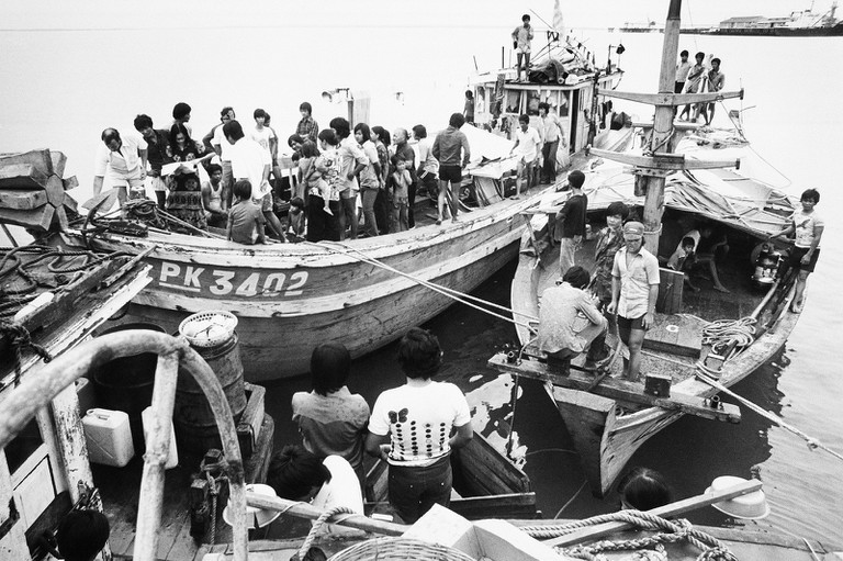 Vietnamese refugees arrive in Darwin in 1977 © manhhai / Flickr