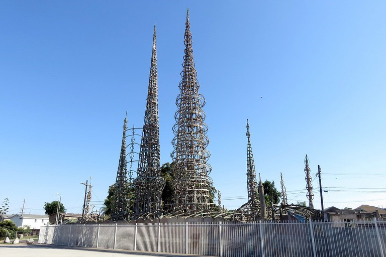 watts-towers-distance