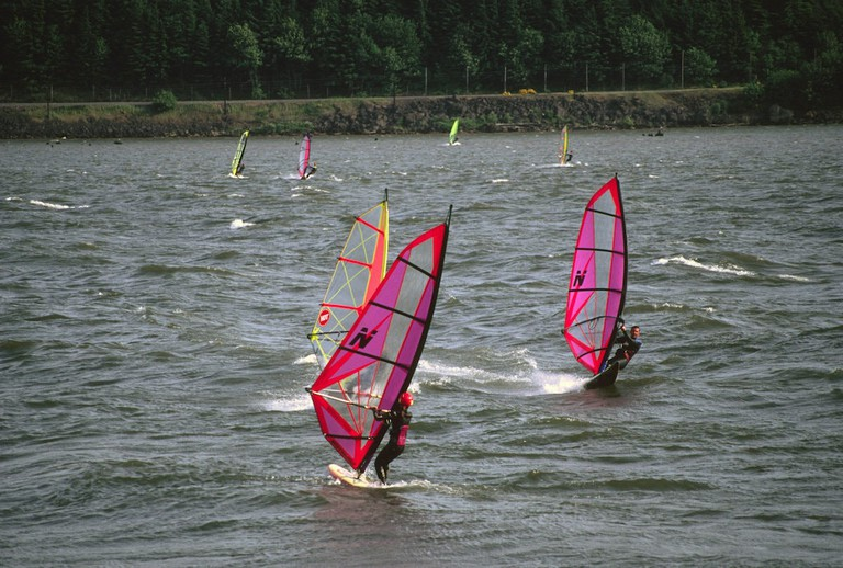windsurfing-hood-river-1