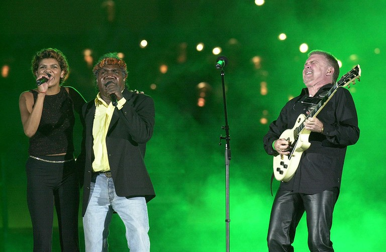 Yothu Yindi performs at the Sydney 2000 Olympic Games Opening Ceremony © ASC / Wikimedia Commons