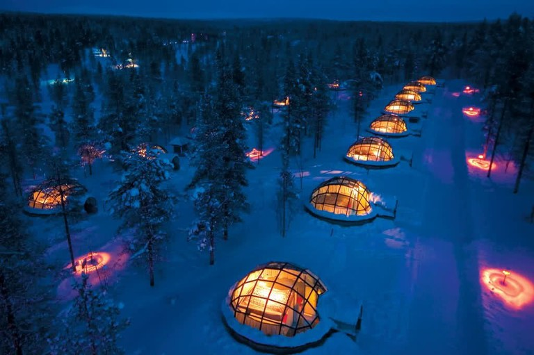 The igloo hotel 'village'.