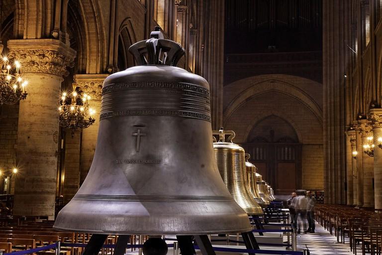 1024px-Notre-Dame_de_Paris_-_Les_nouvelles_cloches_-_014