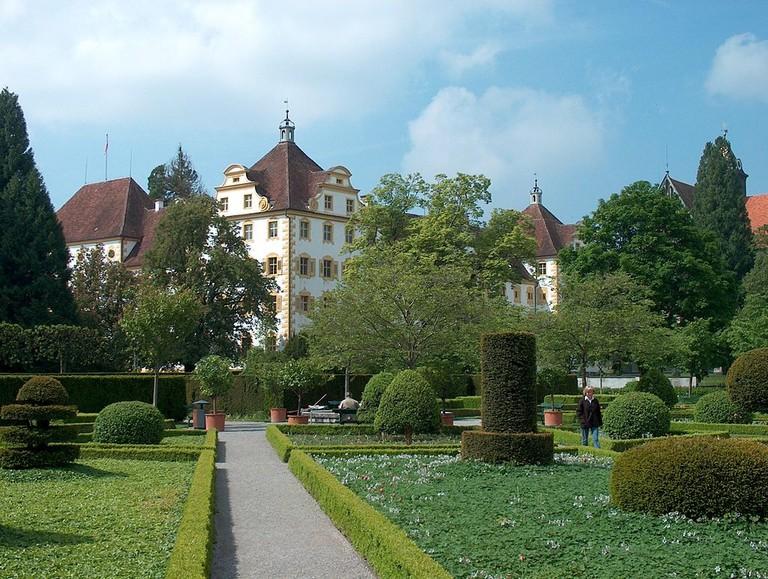 1024px-Park-Schloss-Salem