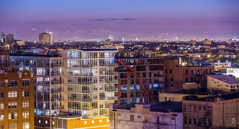 1200px-Westside_Fireworks_in_Chicago_(14396823567)