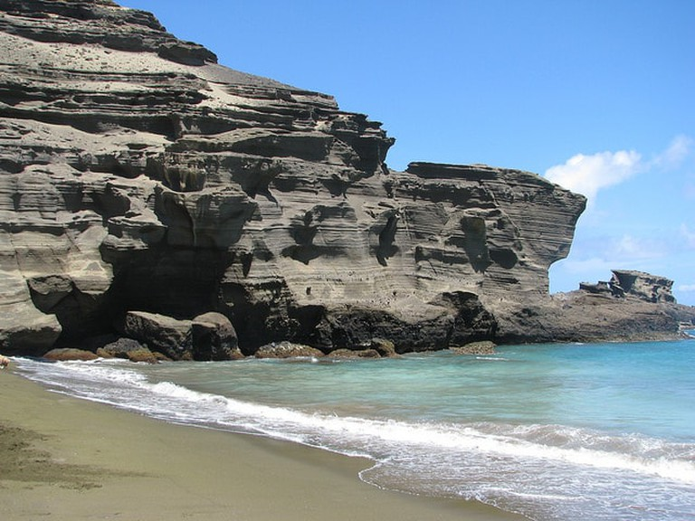 Papakōlea Green Sand Beach