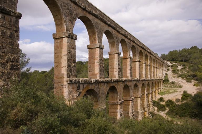 Les Ferres aqueduct