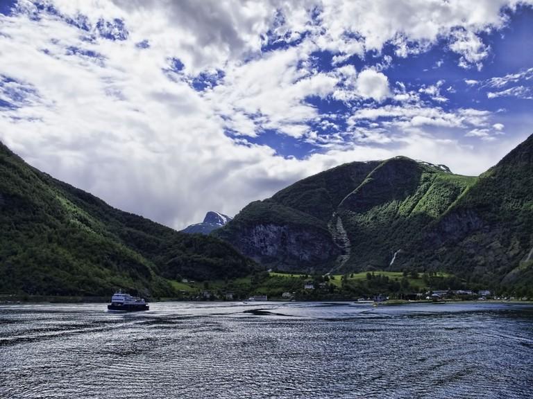 Cruising the head of Aurlandsfjord, near Flåm | © Dan Lundberg / Flickr