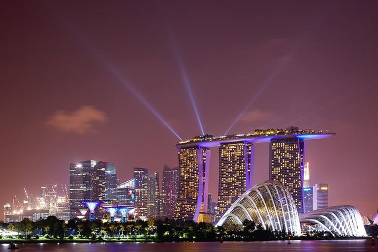 The stunning Marina Bay Sands skyline at night