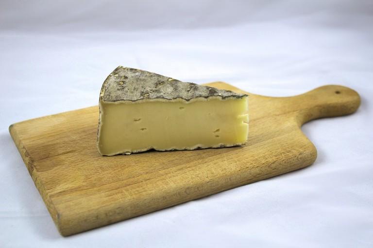 Auvergne's Saint-Nectaire cheese
