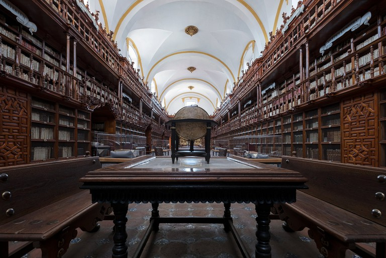 Palafoxania Library