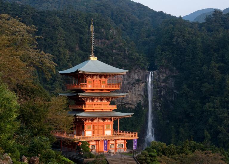 pagoda_nachi_wakayama_japan