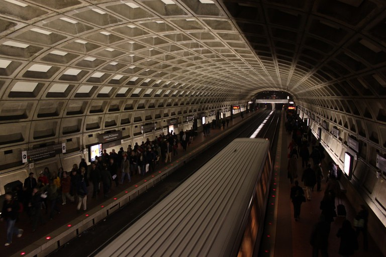 Hundreds of thousands of people ride the metro daily, don't make it harder by ignoring the doors closing announcement