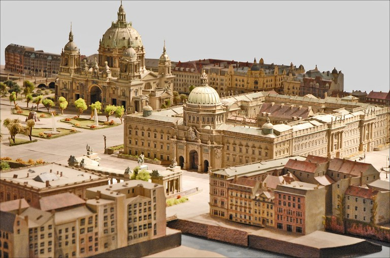A model of what the City Palace looked like in 1900