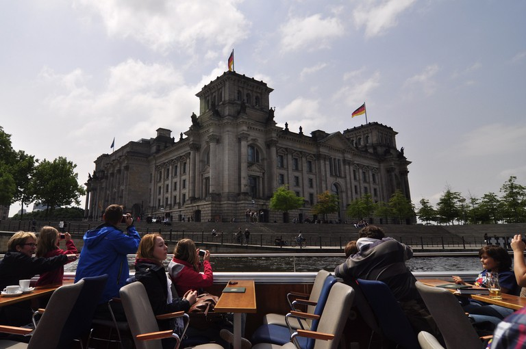 Cruising past the Reichstag