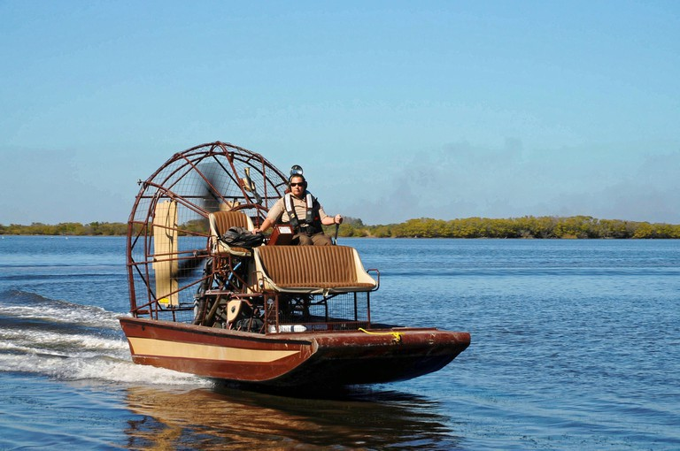 airboat-939964_1920