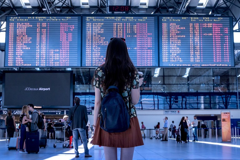 GateGuru will help you for a smooth airport transfer